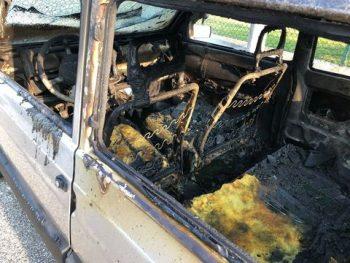 incendio auto carabinieri